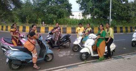 Sapne Me Bahut Sari Activa Dekhna